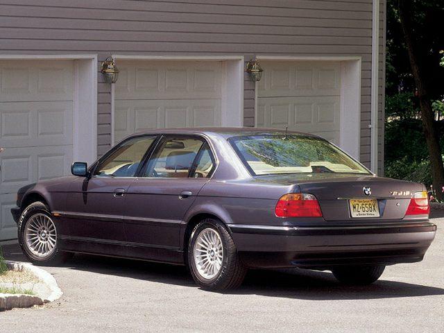 2000 BMW 750 Exterior Photo