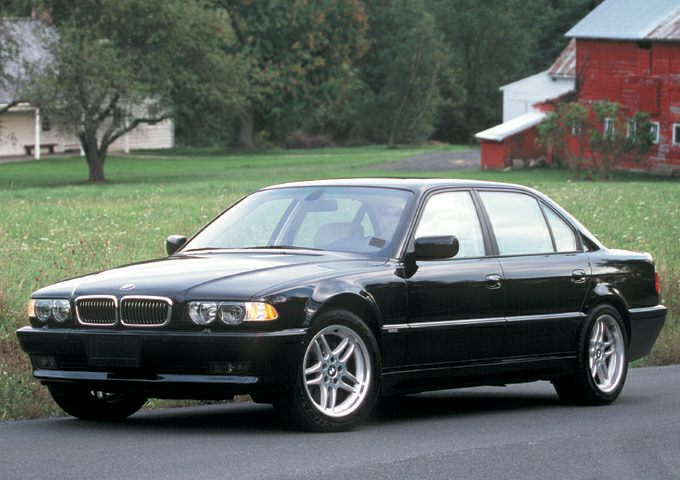 2001 BMW 750 Exterior Photo