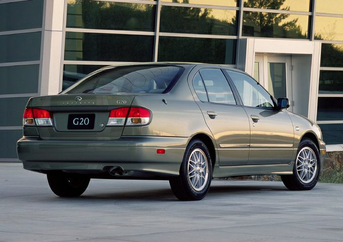 2001 Infiniti G20 Pictures