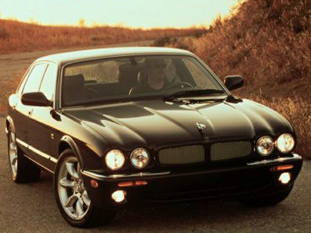 2001 Jaguar XJR Exterior Photo