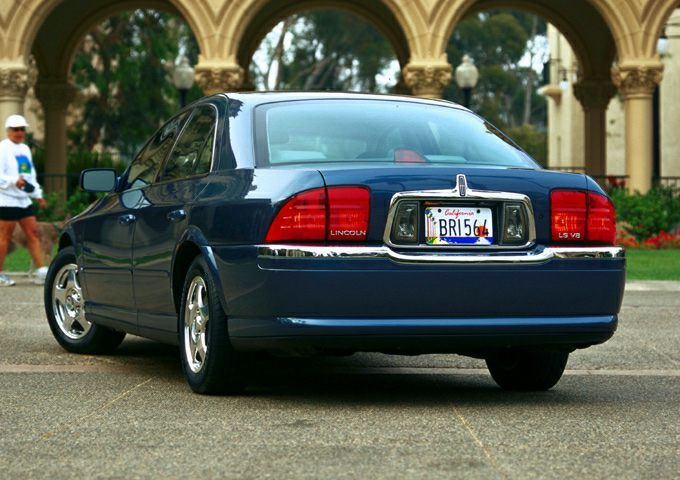 2001 Lincoln LS Exterior Photo