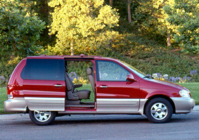 2002 Kia Sedona Exterior Photo