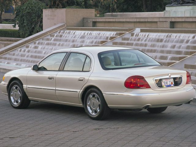 2002 Lincoln Continental Exterior Photo