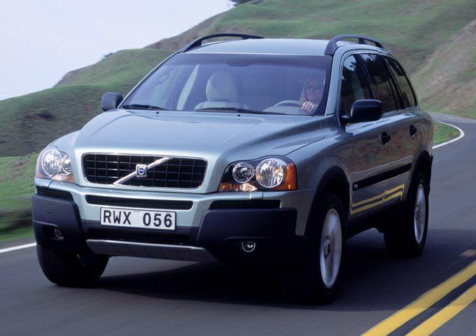 2003 XC90