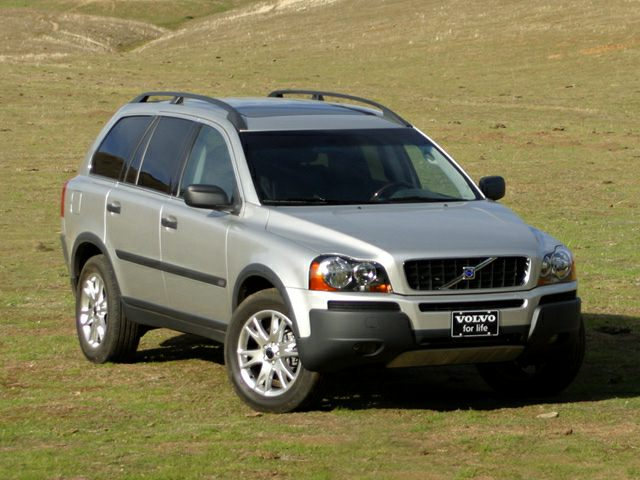 2004 XC90