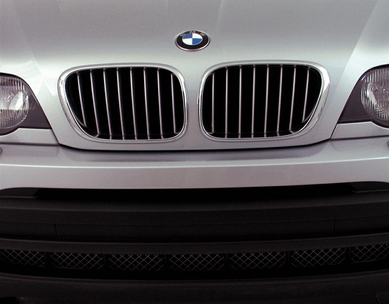 2000 BMW X5 Exterior Photo