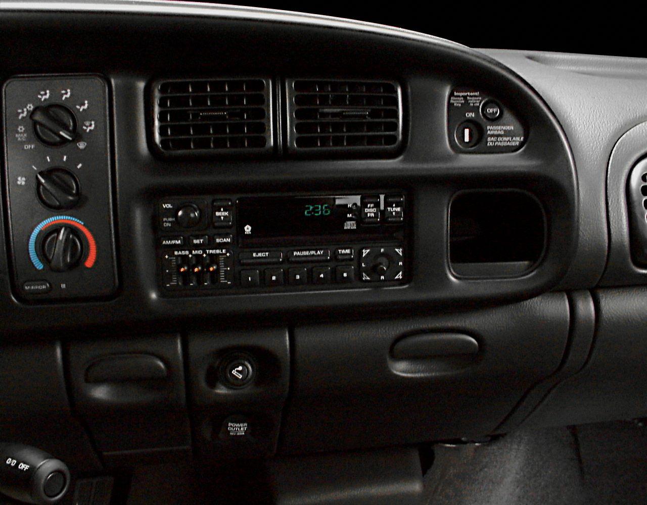 2000 Dodge Ram 1500 Slt 4x4 Regular Cab 118 7 In Wb Pictures