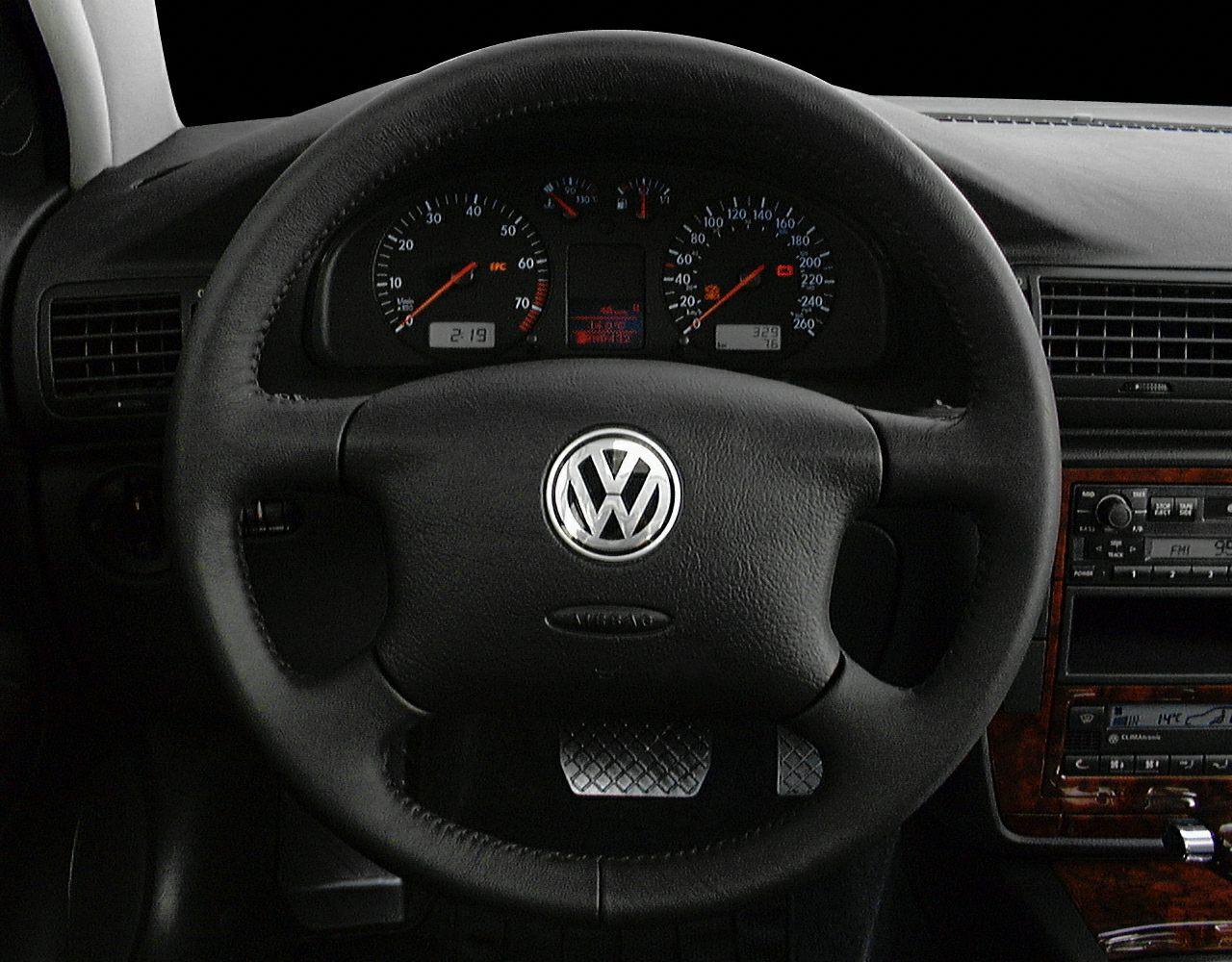 2000 volkswagen passat glx 4dr 4motion station wagon pictures for Volkswagen passat 2000 interior