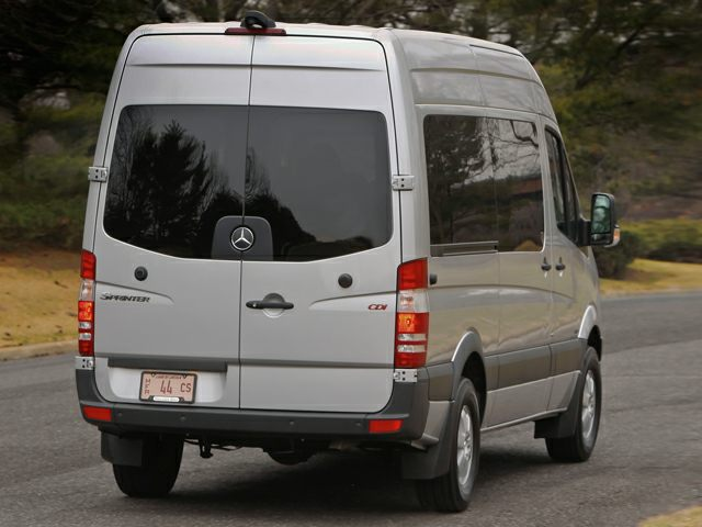 2010 mercedes benz sprinter wagon pictures