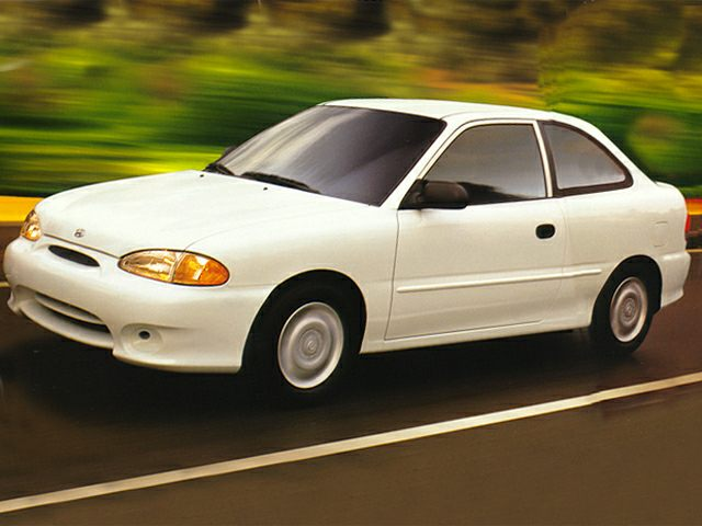 1999 Hyundai Accent Exterior Photo