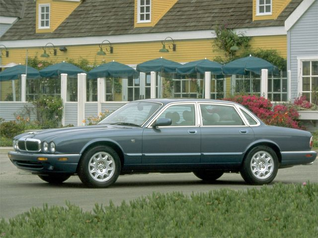1999 Jaguar XJ8 Exterior Photo
