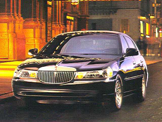 1999 Lincoln Town Car Exterior Photo