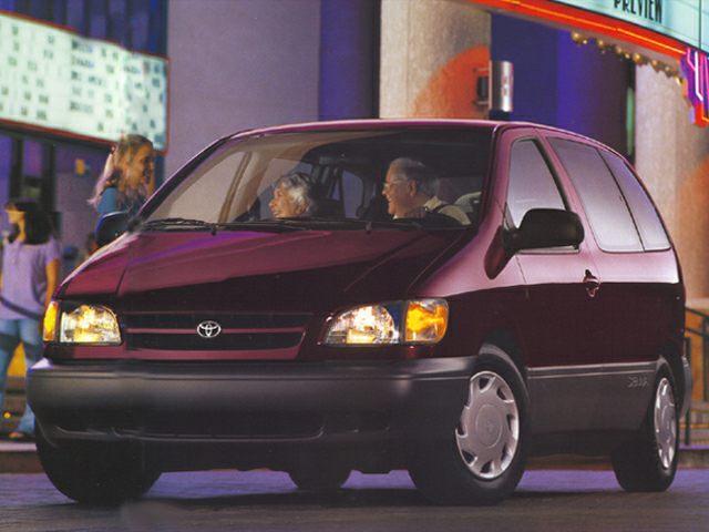 1999 Toyota Sienna Exterior Photo