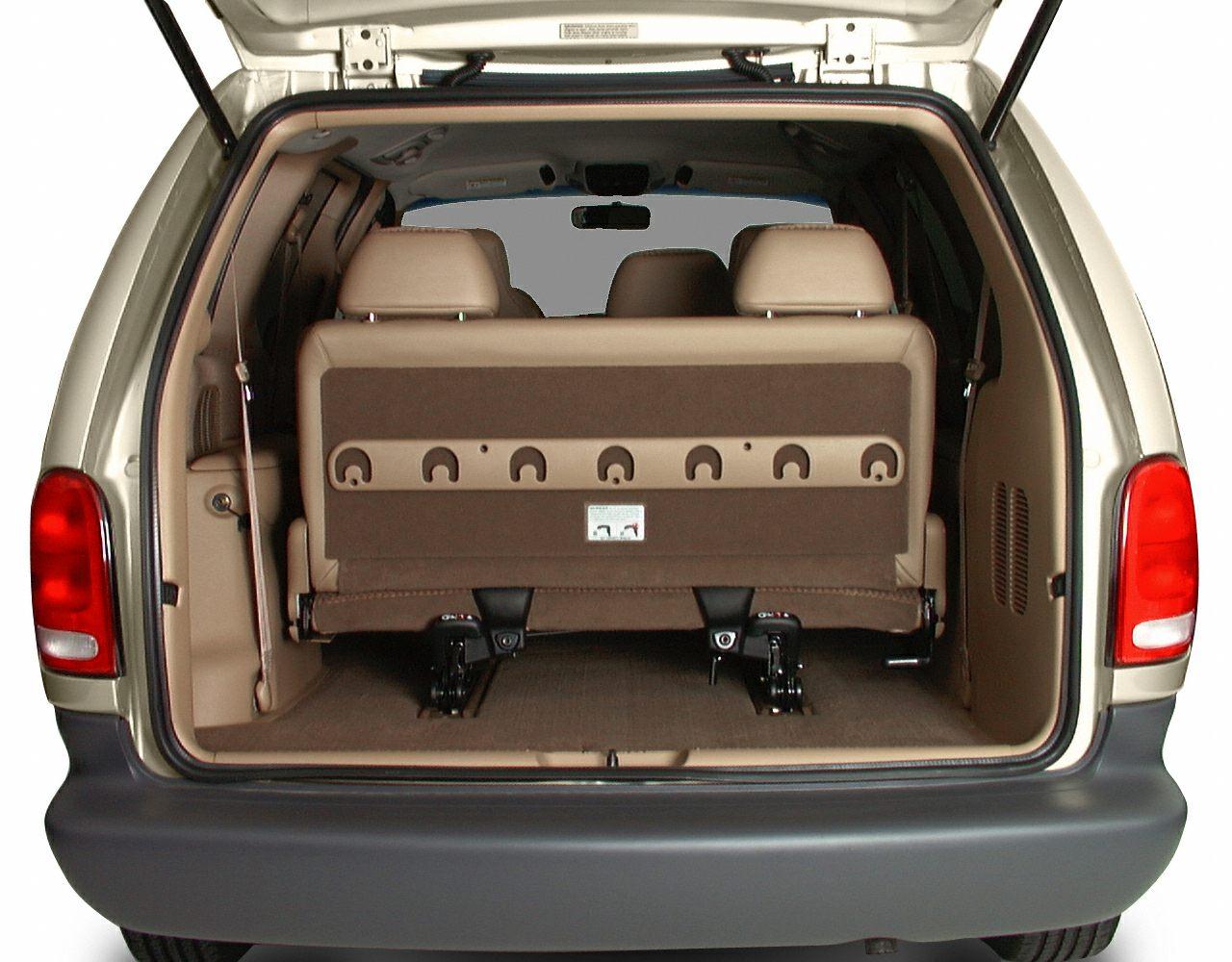 2000 Chrysler Grand Voyager Exterior Photo