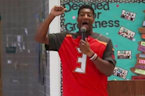 """Jameis Winston Makes 'Sexist' Comments to Fifth-Grade Class: """"Girls Should be Silent"""""""