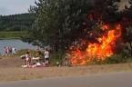 Krasser Grill-Fail: So schnell geht ein Dickicht in Flammen auf!