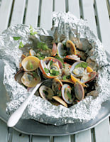 Clam Parcels with Coconut