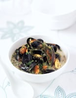 Coconut & Coriander Mussels