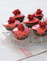 Chocolate & Fresh Berry Cakes