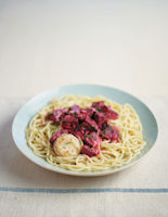 Spaghetti with Beetroot and Goats' Cheese