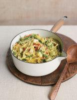 Spicy Green Bean, Potato and Pesto Linguine