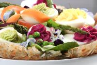How to Make a Vegetarian Easter Basket