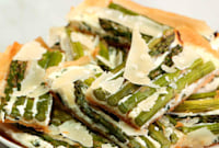How to Make an Herbed Ricotta, Asparagus, and Phyllo Tart