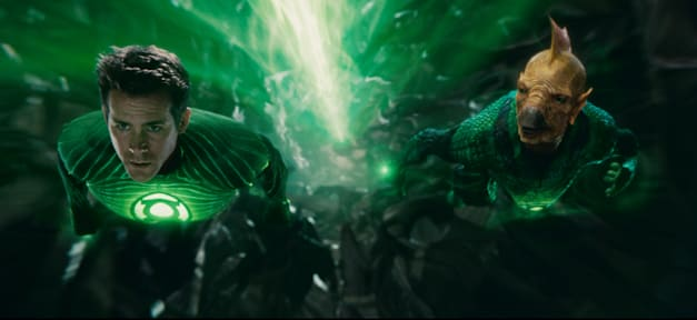 RYAN REYNOLDS as Green Lantern and Tomar-Re, voiced by GEOFFREY RUSH, in Warner Bros. Pictures' action adventure