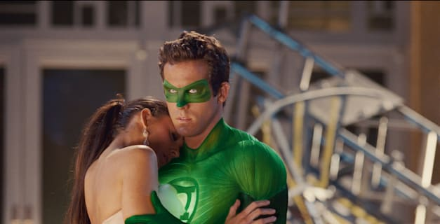 (L-r) BLAKE LIVELY as Carol Ferris and RYAN REYNOLDS as Green Lantern in Warner Bros. Pictures' action adventure