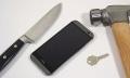 HTC One (M8) muestra la resistencia de su pantalla frente a todo tipo de torturas (¡en vídeo!)