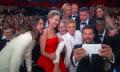 Oscars 2014: Samsung präsentiert ersten Galaxy S5-Spot, Ellen schießt mit Note 3 das größte Selfie ever