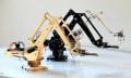 uArm: Roboterarm im Schreibtischlampenformat mit Windows/Android/iOS-Steuerung (Video)