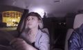 The Electric CARtoon: Nissan liest Gedanken von Fahrschülern und projiziert sie auf Straße