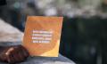 Trinkbares Buch soll die Trinkwasseraufbereitung revolutionieren (Video)