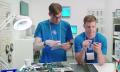Tenía que pasar: Samsung se mofa de los nuevos productos de Apple (video)