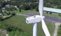 Fake oder nicht? Drohne trifft auf Mann auf Windturbine