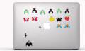 La venta de pegatinas manzaneras se dispara tras el anuncio 'Stickers' (vídeo)