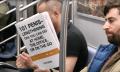 Witzig oder grenzwertig? U-Bahn-Streich mit Fake-Büchern (Video)