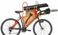 Anti-Zombie-Fahrrad sorgt mit Flammenwerfer und Motorsäge für freie Fahrt (Video)