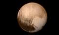 Tolles Foto: Pluto hat ein Herz aus Eis