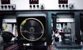 Video: Wie Schallplatten aus Vinyl gepresst werden in 60 Sekunden