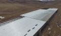 Megabaustelle: Drohne filmt Teslas Gigafactory in 4K
