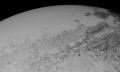 Kunst trifft Wissenschaft in neuem Pluto-Überflug
