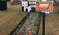 Gemein: Über glühende Lego-Kohlen laufen, um lausigen Gutschein abzugreifen
