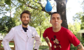 Feuerspucker-Salto-Zeitlupe: Steve-O trifft The Slo Mo Guys