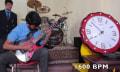 Unweihnachtlicher Weltrekord: Gitarrensolo mit 1600 BPM