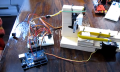 DIY: Maschine testet Lebenserwartung von Legosteinen (Video)