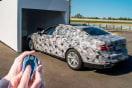新型BMW「7シリーズ」の「リモート・コントロール・パーキング」機能が米国でも使用可能に(ビデオ付)