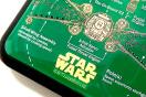 プレゼント:STAR WARS 基板 iPhoneケース、無電源でLEDが点滅する様子。基板実装の電子技販が開発