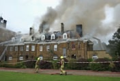 Hundreds of firefighters battle blaze at top UK hotel